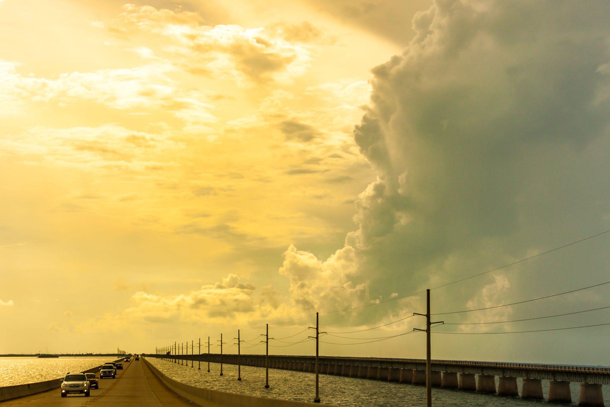 Carretera sobre el Océano. Cayos de Florida