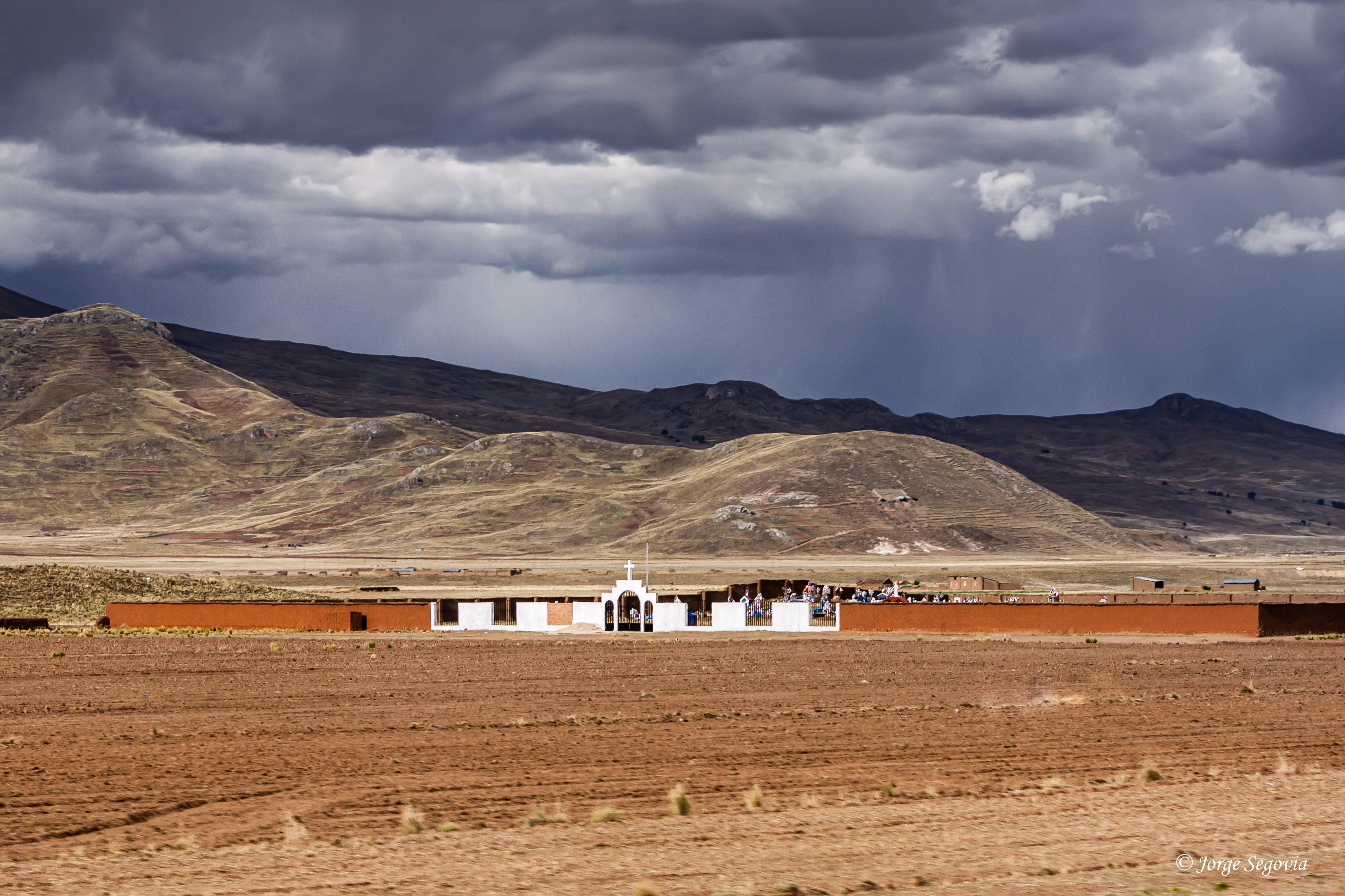Camposanto en Pucará, Perú